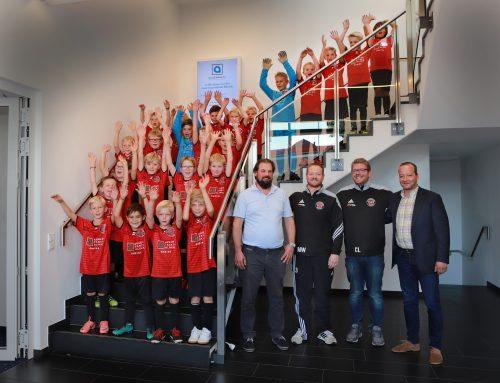 Augentagesklinik Rheine wird Partner der FCE-Jugendabteilung